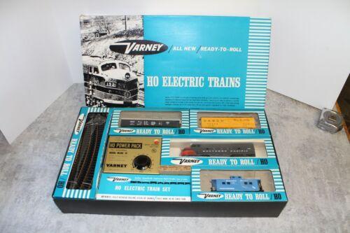 Vintage Varney Southern Pacific  HO Train Set in Original Box