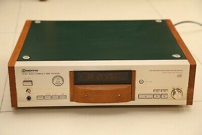 Pioneer PD-HL5 PM CD Player ( CD Turntable)  Suntory Wisky Pure Malt Oak Version
