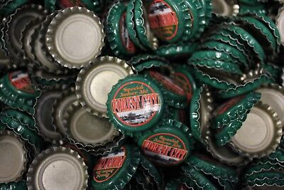 500 FOREST CITY SPECIAL AMBER ALE BEER BOTTLE CAPS UNCRIMPED GREEN RED FAST SHP