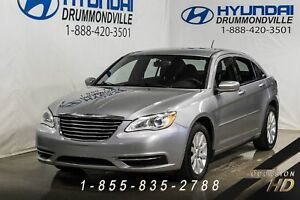 Chrysler 200 2013 + LX + 2.4L + A/C + CRUISE + BLUETOOTH + MAGS