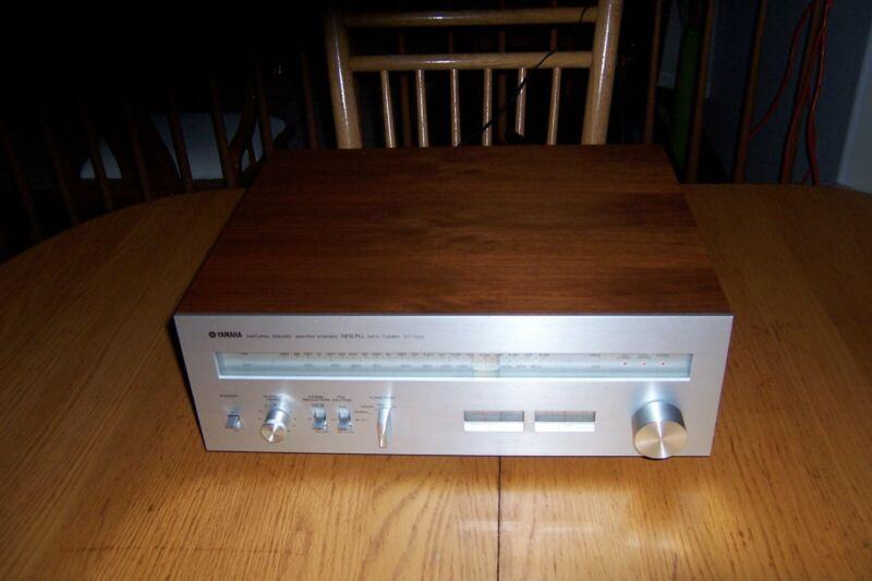 Yamaha CT-1010 Stereo Tuner