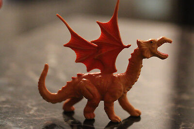 Realistic Dinosaurs bootleg of Arco's The Sword & the Sorcerer dragon figure #7 (Realistic Toy Swords)