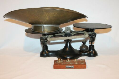 ANTIQUE WILL CORPORATION CAST IRON SCALE WITH BRASS HOPPER