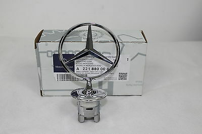 GENUINE MERCEDES BENZ <em><em>ALL</em></em> CHROME BONNET STAR</em>...