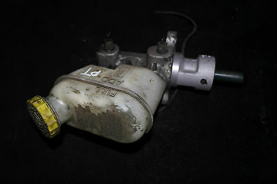 PT CRUISER 2001 2006 2.0 BRAKE MASTER CYLINDER AND RESERVOIR