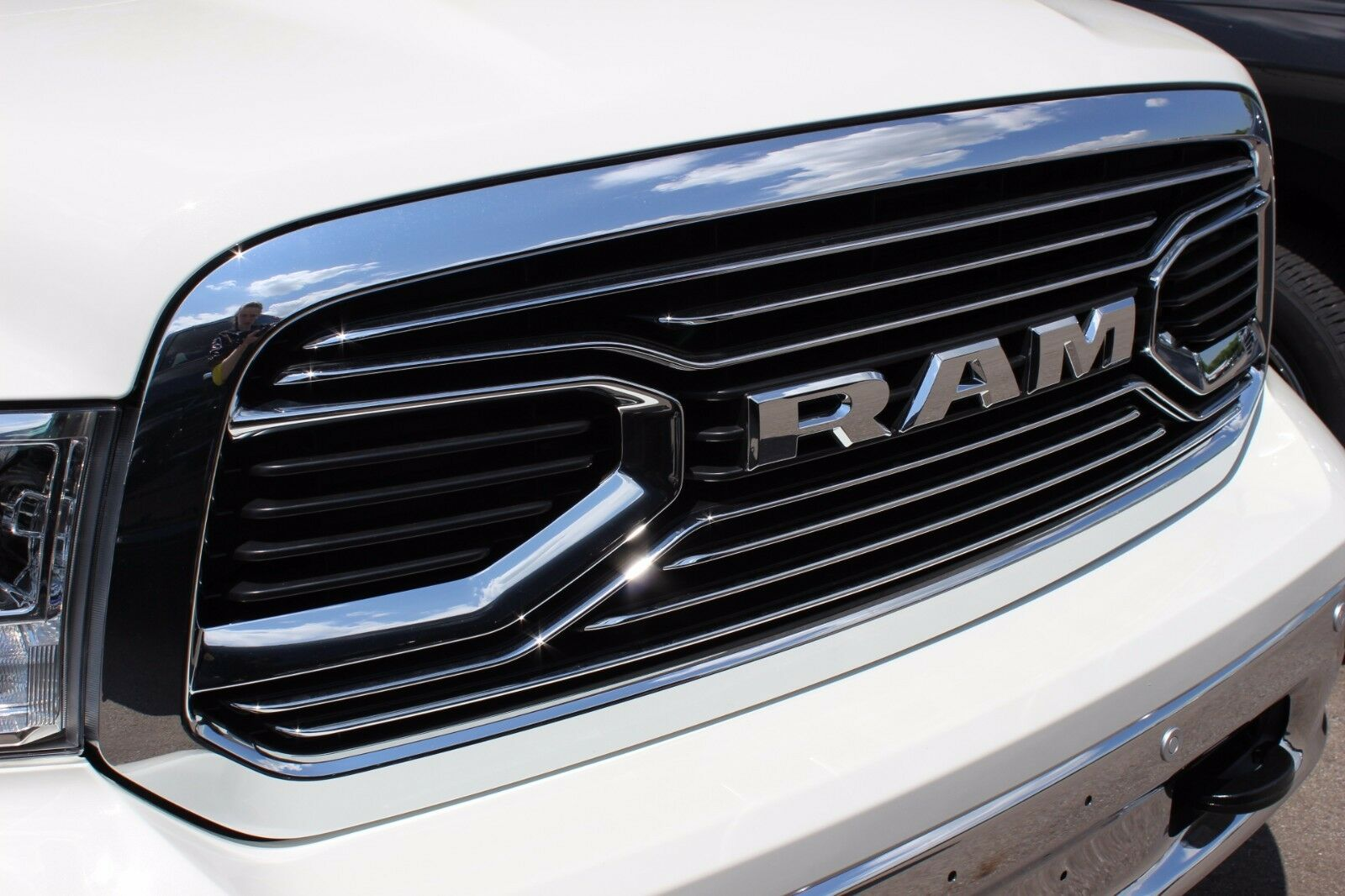 2013-2018 RAM 1500 Chrome Laramie Limited Front Grille ...