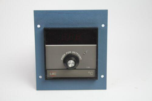 United Electric Controls D931X045 Temperature Controller