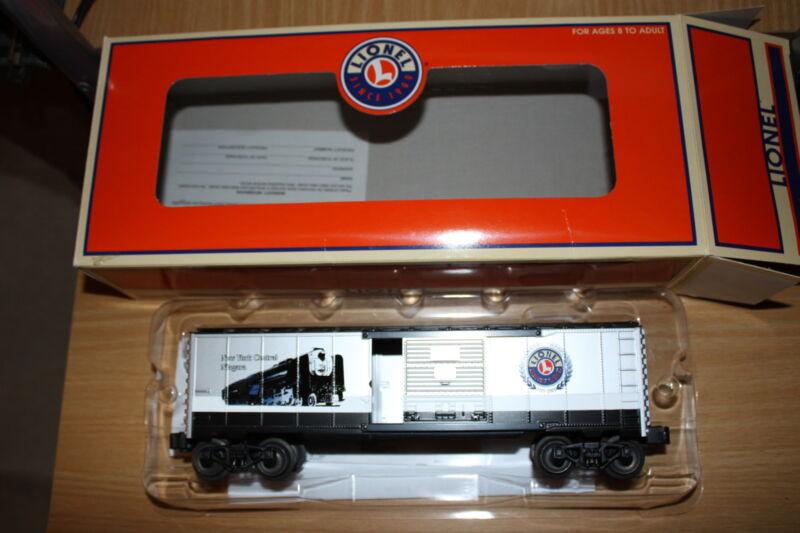 Lionel O gauge Niagara BC Century club Box car # 39215 year 2001 brand  New Mint