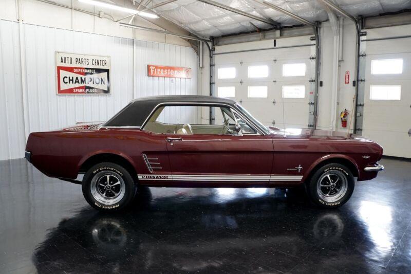 Image 7 Coche Americano de época Ford Mustang 1965