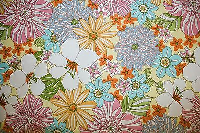 Flowers Print #14 Robert Kaufman Quilting 100% Cotton Fabric BTHY ()