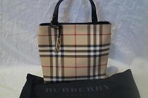 AUTHENTIC  BURBERRY NOVA CHECK SMALL HANDBAG GRAB BAG NEW W DUSTBAG REF ET
