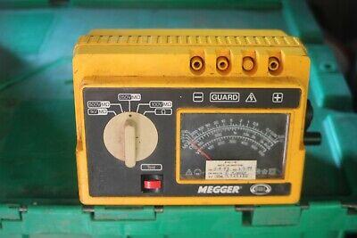 Megger 212159 Hand Cranked Insulation Tester