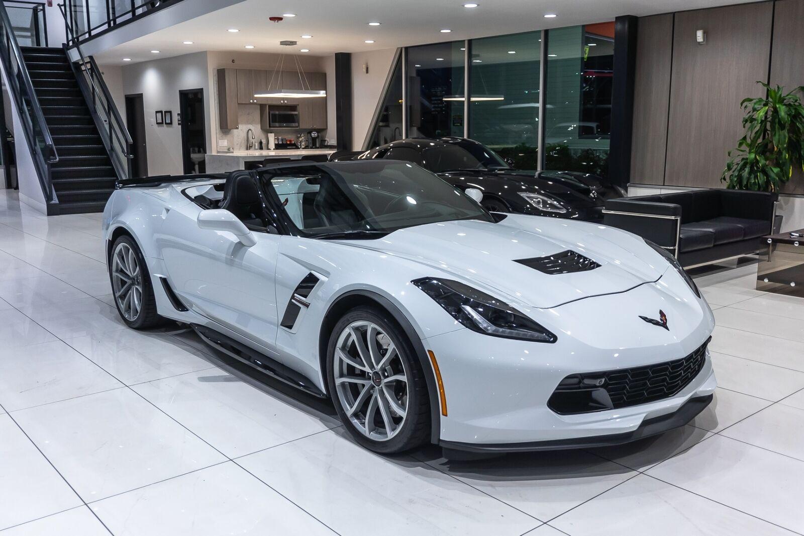 2019 White Chevrolet Corvette Convertible 2LT | C7 Corvette Photo 7