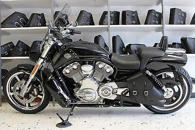 Harley V-ROD MUSCLE LEFT Side BLACK SOLO BAG Saddlebag - VRL031 BAD&G CustomS for sale  Mechanicsville