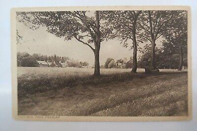 VICTORIA PARK PEEBLES SCOTLAND POSTCARD B/W 1925 Used Good con