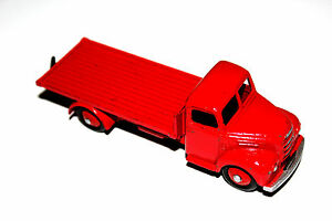 Dinky Toys Red Fordson Thames Flatbed Truck # 422 With Red Hubs !!!