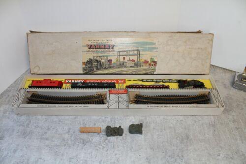 Vintage Varney B&O HO Mighty Midget Train Set in original Box