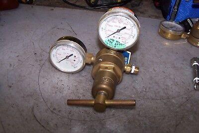Harris 87-1500a Argon Helium Nitrogen Pressure Regulator 1500 Psig