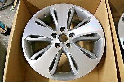 "1 x Genuine Hyundai Santa Fe 18"" Alloy Wheel Grey Diamond Cut Spare 52910-28480"
