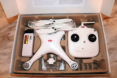 DJI Phantom 1 Drone with New Battery and Extra Set of Propellers Flies Great