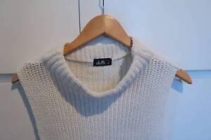 Dotti White Sleeveless Knit Size M