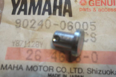<em>YAMAHA</em> MX360 XS500 XS650  GENUINE CLUTCH CABLE JOINT CLEVIS PIN    90