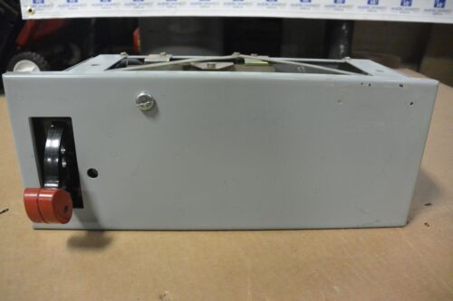 "GE 8000 SERIES 30 AMP 6"" FEEDER BUCKET FOR MOTOR CONTROL CENTER EMPTY -USED"