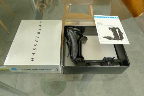 Hasselblad Flash Gun Bracket 45071 With Original Box & Manual FREE SHIP