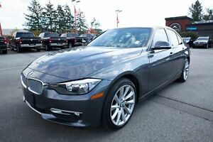 2014 BMW 3 Series 320i Xdrive - LEATHER, PUSH TO START, LOW KM!