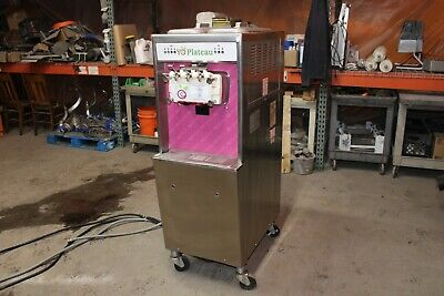 Taylor 794-33 Custard Ice Cream Yogurt Soft Serve Water Cooled 3 Phase Machine