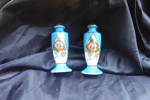 ANTIQUE JAPAN HAND PAINTED PEARLESCENT FLOWER/BLUE DESIGN SALT/PEPPER SHAKERS!