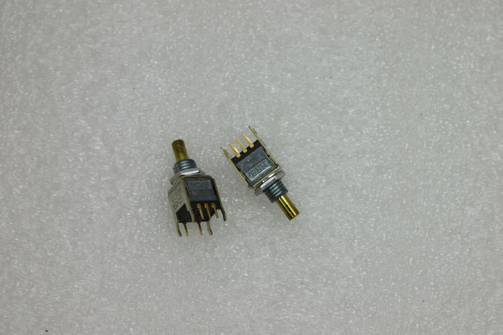 Tosoku MR8 MR8C MR-8C 5Pin Switch Logic Output for Pulse
