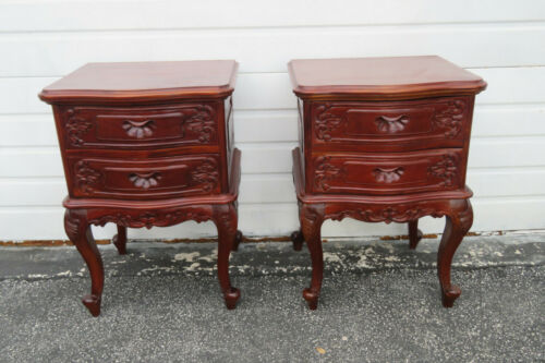 French Carved Pair of Solid Mahogany Nightstands End Side Bedside Tables 1669