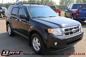 2011 Ford Escape XLT Automatic Leather Heated Seats & 3.0 V6!