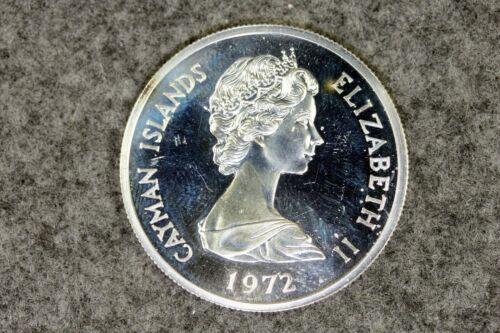1972 Cayman Islands 1 Dollar SILVER WORLD Coin -  #L00477
