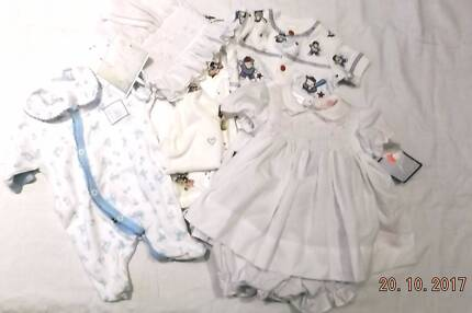 """DOLL CLOTHING TO FIT 19"""" - 23"""" DOLLS"""
