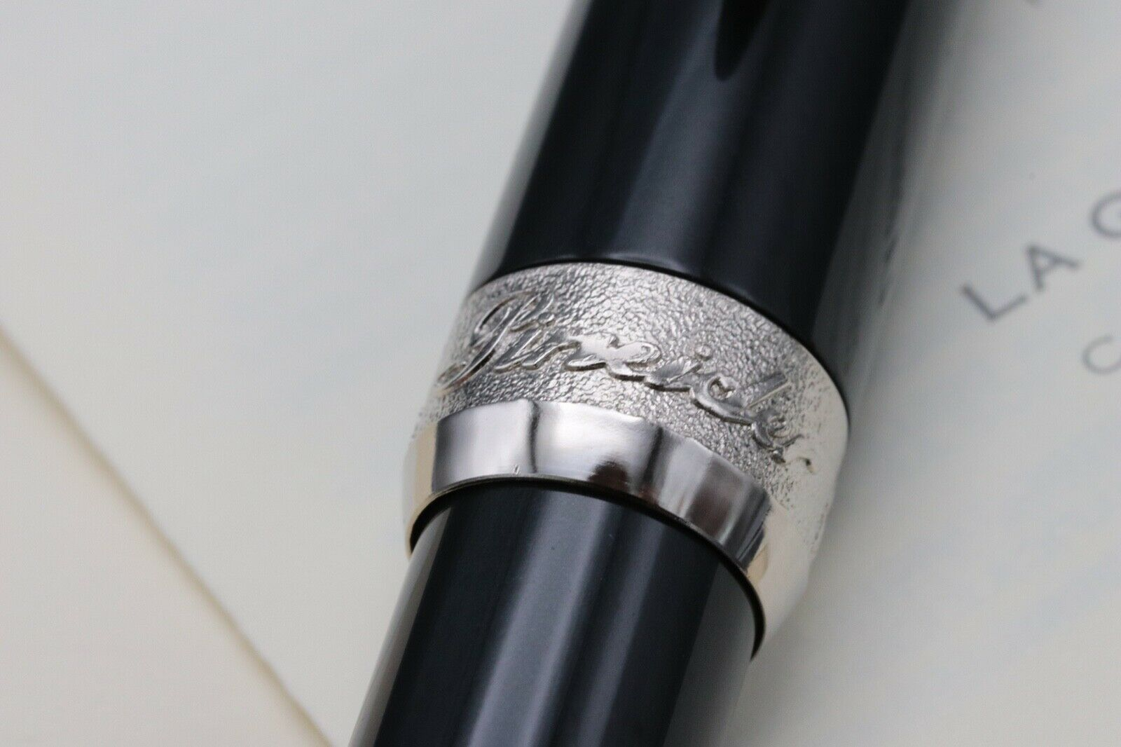 Pineider La Grande Bellezza Gemstones Hematite Grey Fountain Pen 3