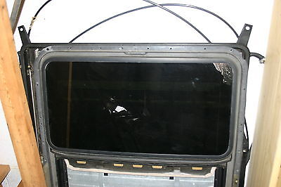 - Saab NG900 9-3 Hatchback Complete Electric Tinted Glass Sunroof Panel Assembly