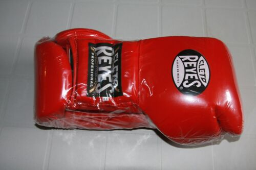 Cleto Reyes Lace-Up Boxing Gloves; Red; Made In Mexico; 18 Oz; Brand New