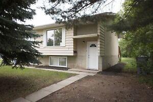 Saskatchewan Side Duplex - Available December 1!