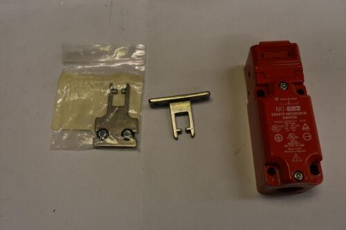 Allen Bradley Guard Master 440K-MT55026 Safety Interlock Switch