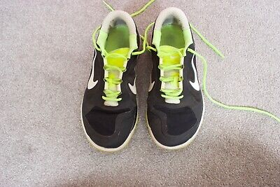 Mens Nike Golf Shoes Sports Trainers Size 9. Good Used Condition.