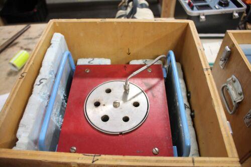 BROMAN MODEL 860/268 TEMPERATURE CALIBRATOR THERMAL UNIT  HEATBLOCK HEAT BLOCK