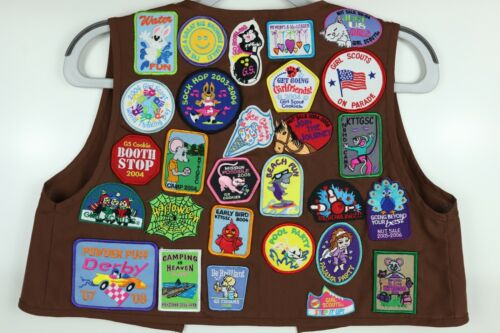 Girl Scouts Brownie Vest w/ 28 Patches from 2003-2008 Pennsylvania