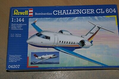 REVELL 1:144 BOMBARDIER CHALLENGER CL 604 04207