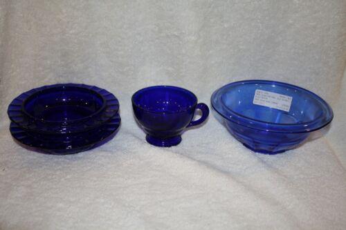 (1) Hazel Atlas blue Restwell Bowl,(2) Moondrops Butter Bottom,(1) Moondrops cup