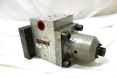Hydraulic Actuator Moog 85-158 D