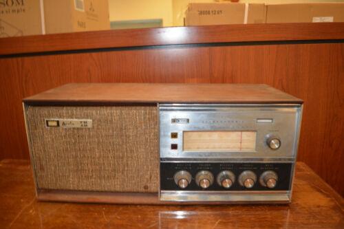 Vintage Arvin Model AM/FM Radio Stereophonic Tabletop Desktop