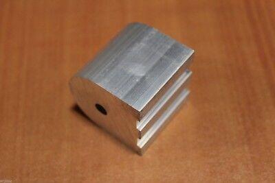 8020 Aluminum Pivot Nub Profile 15 Series 8546 X 1.5 Un Bad Thru Hole I2-02
