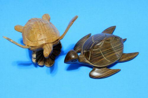 2 Vintage Sea Turtle Figurines Hand Carved Wood Nautical Decor